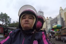 In Jakarta, Ride-Sharing Apps for Motorcycle Taxis Rev Up – WSJ
